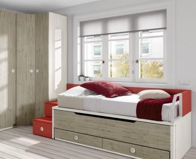 Jugendzimmer bestehend aus Bettgestell, Schrankecke, Schreibtisch und Regalen