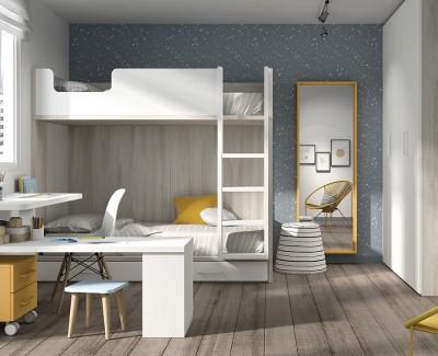 Kinderzimmer mit Etagenbett mit Schreibtisch und Flügeltürschrank